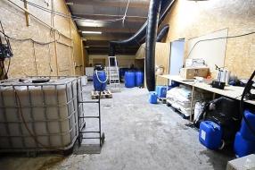 Zo ziet het professionele drugslab in Eersel er vanbinnen uit